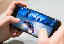 Gaming On Smartphones